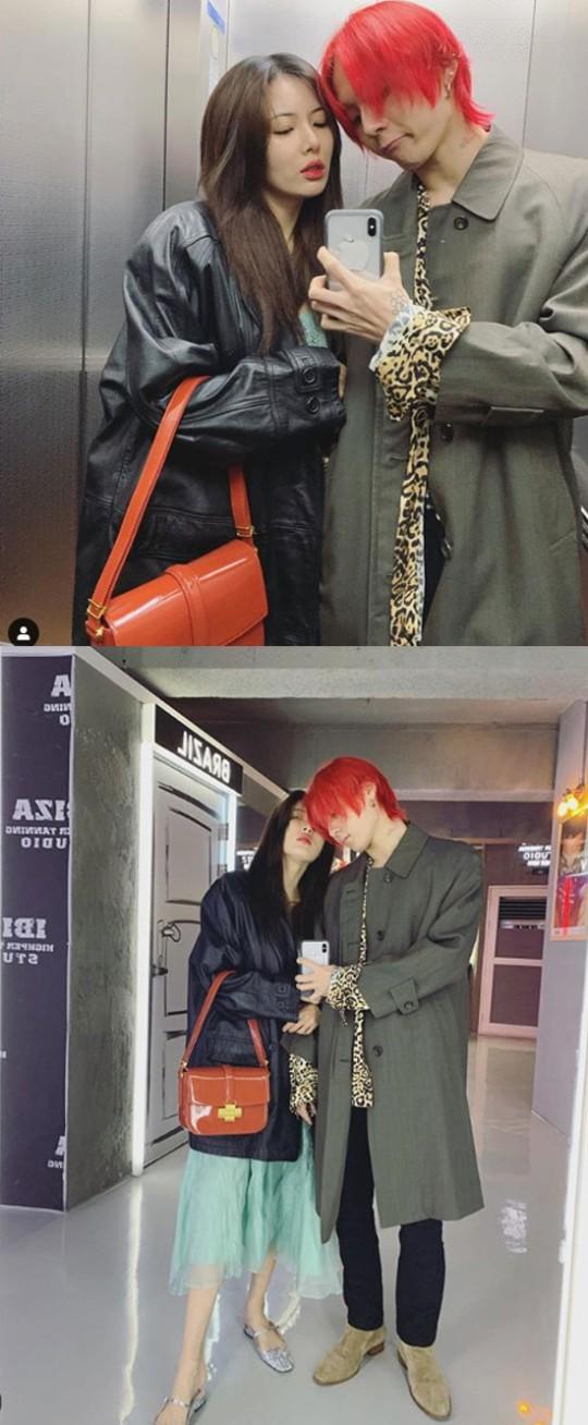 Hyuna ve Dawn birlikte fotoğraf paylaştı