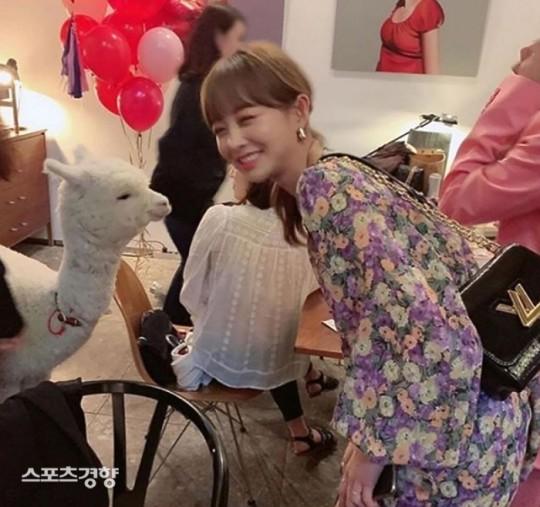 '연예인 파티' 참석 논란 '임블리' 임지현, 공식 사과 없이 SNS 활동 재개   인스티즈