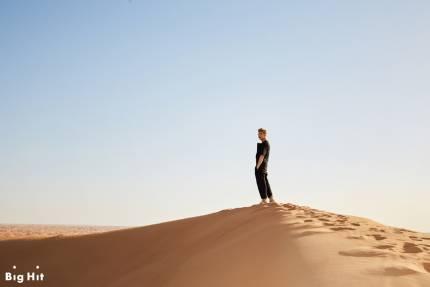 Unduh 900+ Wallpaper Bts Summer Package In Dubai HD Paling Baru