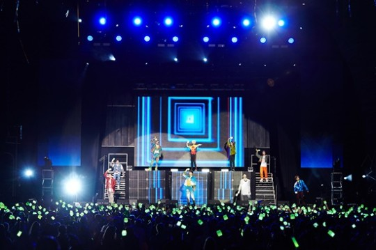 NCT 127 wholeheartedly enjoy the concert with fans in London